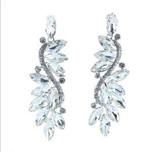NEW gorgeous crystal rhinestone earrings